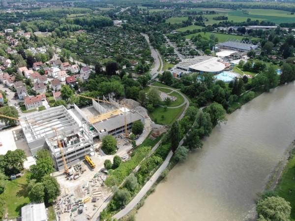 """Erfolgreich durchgeführt: Baustellen-Besichtigung """"OrangeCampus"""""""